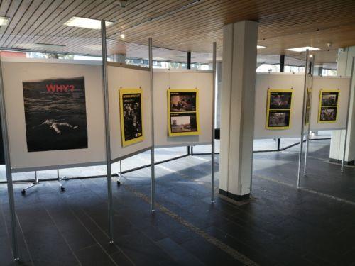 Ausstellung Menschen auf der Flucht im Kempener Rathaus